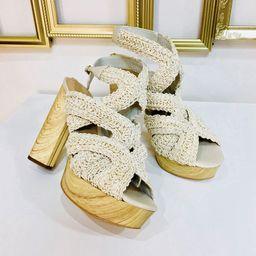 Dámske béžové sandále na platforme GUESS