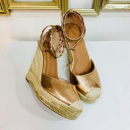 Dámske medené topánky na platforme s kamienkami